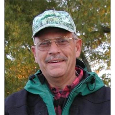 Bill Stoeger - Owner & experienced guide for the Wolf River system.