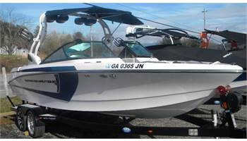 2015 Super Air Nautique 230
