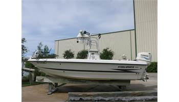 2000 22 Tunnel  Bay Boat