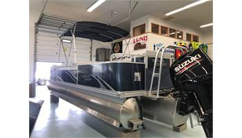2018 ANGLER QWST 824 FAMILY FISH
