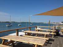 Waterfront Dining at Harborside Marina