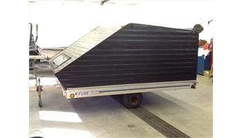 "1999 10'X101"" ENCLOSED SNOW TRAILER"