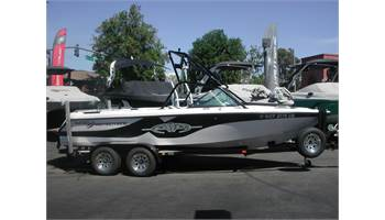 2001 Super Air Nautique 210