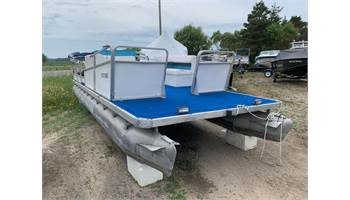 1985 Pontoon Boat with Motor