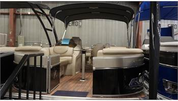 2018 CATALINA  ENTERTAINER 2585