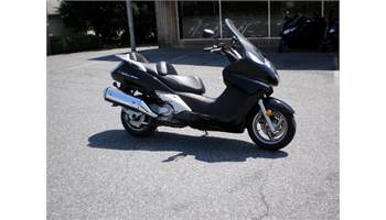 2013 SILVERWING 600