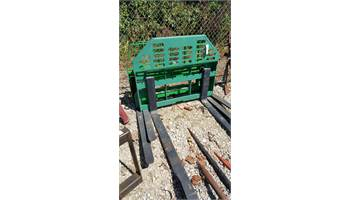 FORKS FOR JD LOADERS