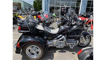 2004 GOLD WING 1800