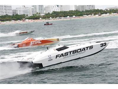 FastBoats Hits Miami Waters – Photos