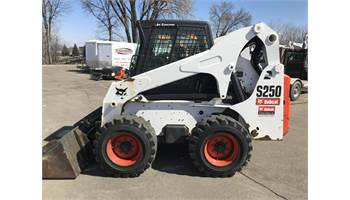 2008 S250 Skid-Steer Loader