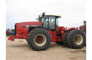 535 4WD TRACTOR W/DUALS (SPECIAL! REDUCED $)