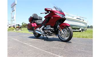 2018 Gold Wing Tour Candy Ardent Red