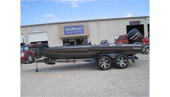 2013 Performance Bass Boat Cougar Advantage