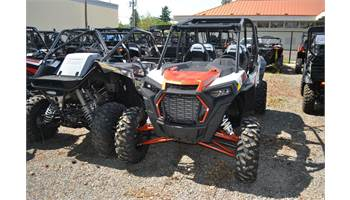 2019 RZR XP 4 Turbo - Matte White Pearl