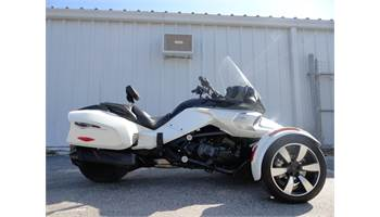 2016 Can-Am Spyder F3-T SE6 (Audio System)