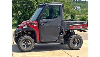 2014 RANGER CREW® 900 EPS - Sunset Red LE