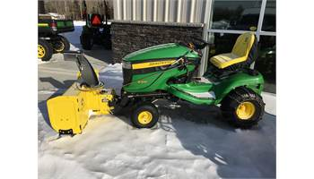 "2009 Select Series™ X300, 42-in. Edge Xtra™ Deck 44"" SNOWBLOWER"