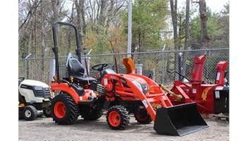 CS2210 HST 4wd Tractor Loader