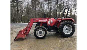 2003 5500 Shuttle 4x4 Tractor w/ Loader