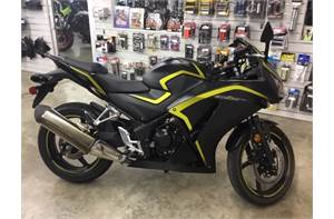 CBR300R - Matte Black Metallic/Yellow