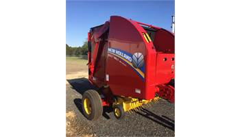 2017 Roll-Belt™ Round Balers Roll-Belt™ 450 Utility