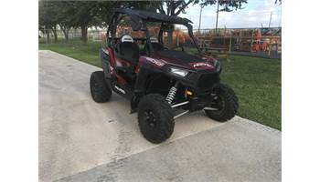 2016 RZR® 4 900 EPS - Matte Sunset Red