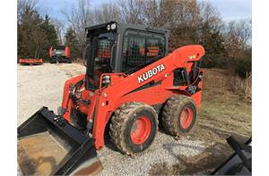 SSV75 skid steer - Hand & foot controls