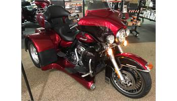 2012 FLHTK Electra Glide® Ultra Limited - with MOTOR TRIKE KIT