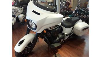 2019 Indian® Chieftain Dark Horse® - WHITE HORSE