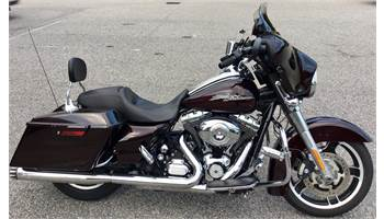 2011 FLHX Street Glide® 103 - Single Color Options