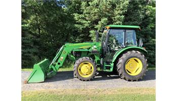 2017 5075E Power Shuttle Cab Tractor w/ Loader *Showroom Condition