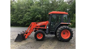 2006 DK45S Shuttle Cab Tractor w/ Loader * Quick Attach*