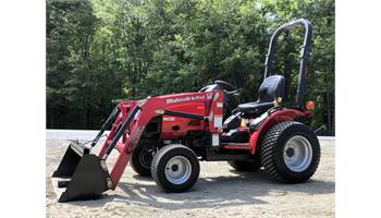 2015 MAX 25 HST 4x4 Tractor w/ Loader