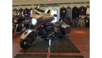 2019 Indian® Chieftain Dark Horse®