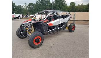 2020 Maverick™ X3 MAX X rs Turbo RR Gold/Red/Silver