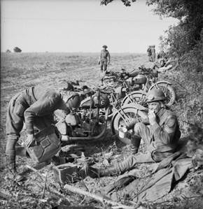 The_British_Army_in_Normandy_1944_B7567