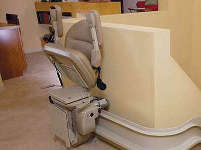 BRUNO-CUSTOM-CURVED-STAIRLIFT-1