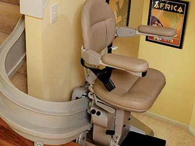 BRUNO-CUSTOM-CURVED-STAIRLIFT-3