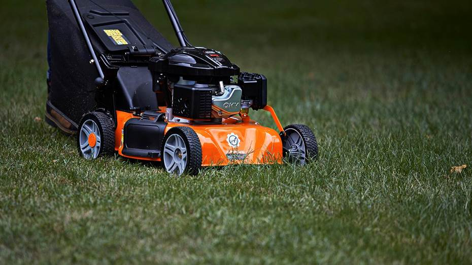 Ariens Walk-Behind Mowers in Frederick, CO