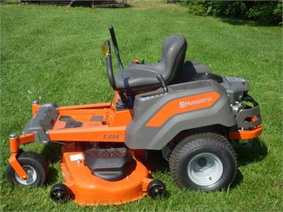 Husqvarna Z254 Zero-Turn Mower Package for sale in Jefferson