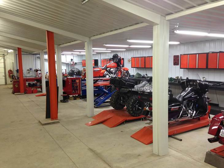 Best Place For Oil Change >> 3 Hole Oil Change 469 Cycle Shop New Haven In 260 749 0469