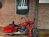 2007 Harley-Davidson® FLHRSE Screamin' Eagle® Road King®