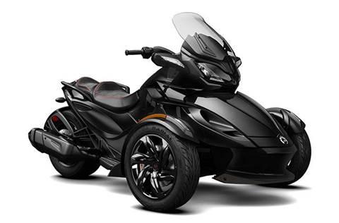 2016 Spyder® ST-S SE5