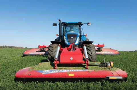 New New Holland Agriculture MegaCutter™ Triple Disc Mower