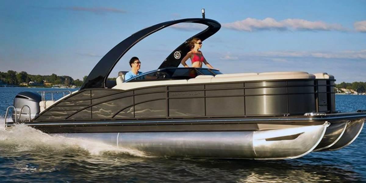 Bennington Pontoon Boats | Tritoon Pontoon Boats Brookfield