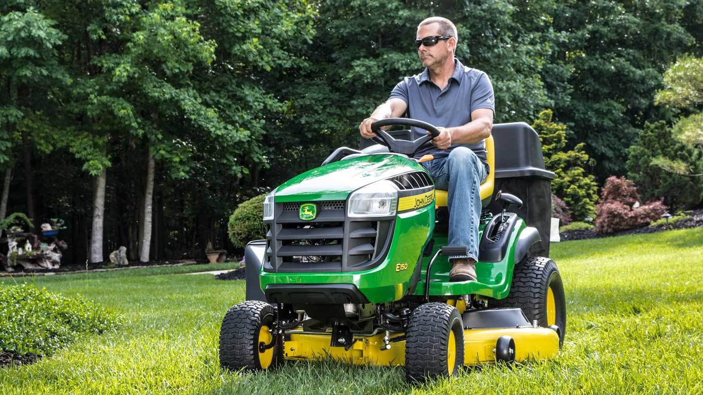John Deere Lawn Mowers For Sale >> John Deere Lawn Tractors Chief Equipment Nyc Long