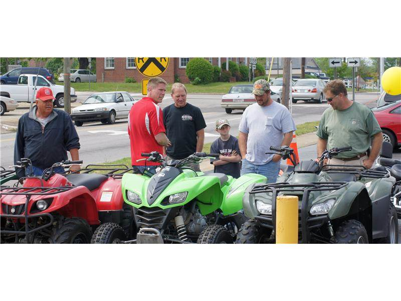 Automax Henderson Nc >> Motomax Of Henderson Open House Motomax Raleigh Nc 919