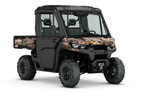2016 Defender XT™ CAB - Break-Up Country Camo®