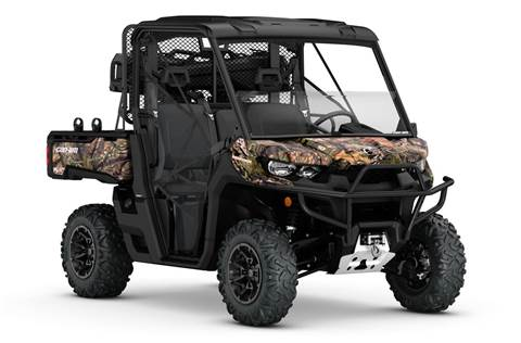2017 Defender Mossy Oak® Hunting Edition