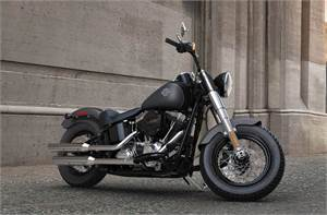 FLS Softail Slim® - Two-Tone Option